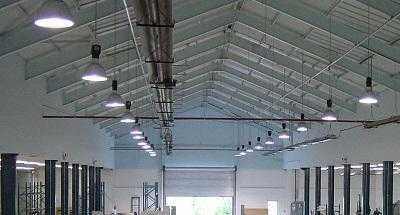 Монтаж светильников для складских и производственных помещений 1
